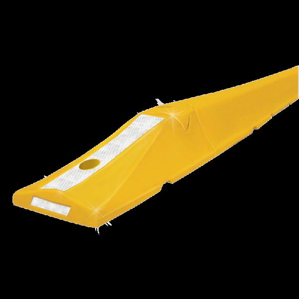 Código: B-150 Canalizador para colocarse en todo tipo de calles o avenidas, como delimitador de carriles en contraflujos o vías de doble sentido. Es ensamblable para hacer diferentes largos. Terminaciones especiales tipo rampa que no dañan los vehículos en caso de atropellamiento, las cuales pueden incluir bandas de reflejante para aumentar la visibilidad. Opción a llevar ito. Fabricada en polietileno de alta densidad con U.V. Medidas: Extremo Macho Largo: 47.5 cm. Alto: 12.1 cm. Ancho: 21.5 cm. Extremo Hembra Largo: 49.5 cm. Alto: 12.1 cm. Ancho: 21.5 cm. Centrales Largo: 150.5 cm. Alto: 12.1 cm. Ancho: 21.5 cm. Color: amarillo. Reflejante: blanco.
