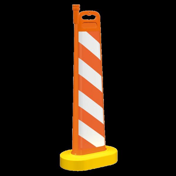 Código: BA-110 Accesorio vial para confinar o desviar en obras viales o eventos diversos, en dos opciones: con base decor rellenable para darle mayor estabilidad y peso o con base oval más ligera y económica. Puede llevar bandas de reflejante o diversos mensajes. Soporte para colocar lámpara solar 7 destellos para aumentar la visibilidad nocturna. Fabricada en polietileno de media densidad con U.V. Medidas Oval: Largo: 50.5 cm. Ancho: 35.5 cm. Alto: 115.5 cm. Reflejante: blanco, ámbar o rojo