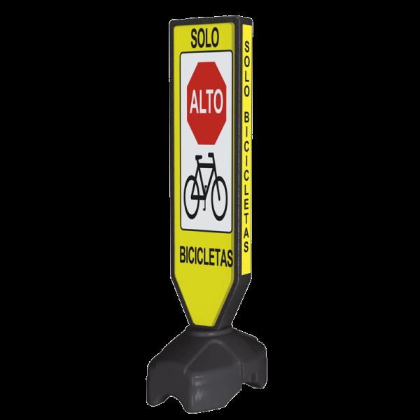 Código: BA-VISTA-150 Barricada multi mensajes iluminada con luz de leds de avanzada tecnología. Fabricada en polietileno de media densidad. Alta visibilidad. Altura y estabilidad excelente para colocarse en entradas de estacionamientos y comercios, bases de taxis, paraderos o como señal de advertencia en ciclopistas o puntos de revisión. Luz opcional. Medidas: Paleta: Largo: 30.5 cm. Ancho: 10.0 cm. Alto: 115.5 cm. Base: Largo: 55.0 cm. Ancho: 38.0 cm., Alto: 25.5 cm.