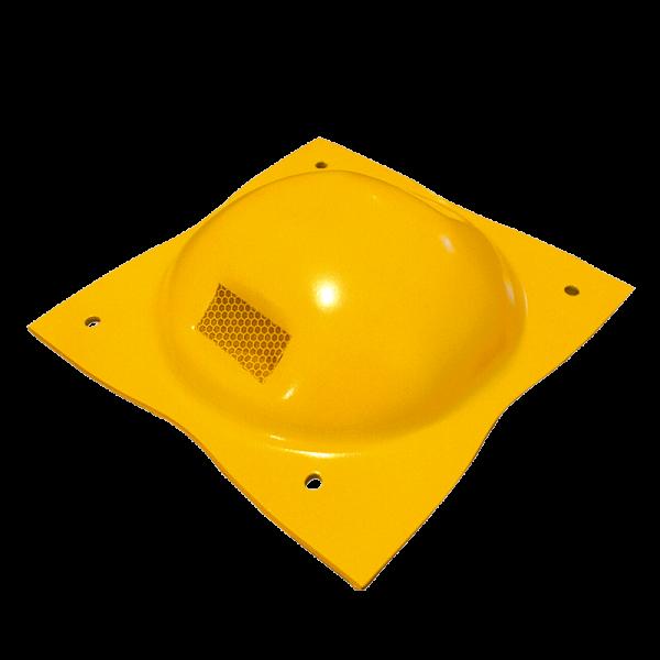 """Código: BY-M Boya metálica muy solicitada debido a que esta diseñada para soportar perfectamente el tráfico pesado así como los golpes e impactos. Usada como canalizador en calles, avenidas o carreteras. Troquelada en lámina de acero calibre 10 en una sola pieza, lisa y sin aristas. Dos espacios para reflejante. Acabado en color amarillo micro pulverizado, poliéster horneado. Incluye 4 clavos de 1/4"""" x 2 clavos de 1/2"""" de acero. Medidas: Largo: 23.0 cm. Ancho: 23.0 cm. Alto: 5.5 cm. Reflejante: blanco, ámbar o rojo."""
