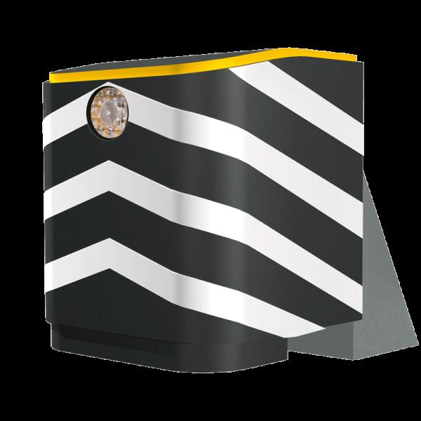 Código: IM-130 Protector para grandes postes de luz o columnas de puentes, colocado en cuchillas, vías de alta velocidad o tránsito pesado. Debido a la estructura fuertemente atornillada al piso, obtiene la resistencia necesaria para soportar múltiples impactos sin necesidad de mantenimiento ya que regresa a su forma inicial después de la colisión. Fabricado en varias capas de vitemflex® con base de metal galvanizado y luz solar de 4 destellos y bandas de reflejante. Cumple con la Norma NOM-008-SCT2-2013. MODELO NO TRASPASABLE EN IMPACTOS Medidas: Largo: 174.0 cm. Alto: 144.0 cm. Ancho: 125.0 cm Reflejante: blanco o ámbar.