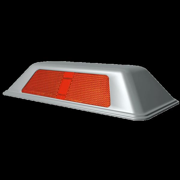 Código: TP-45 Tope de acero inoxidable con área reflejante en acrílico prismático que aumentan extraordinariamente su visibilidad. Es un excelente reductor de velocidad por su resistencia y durabilidad. Imposible que pase desapercibido. Medidas: Largo: 23.5 cm. Ancho: 11.0 cm. Alto: 4.5 cm. Prismas: blanco, ámbar o rojo.
