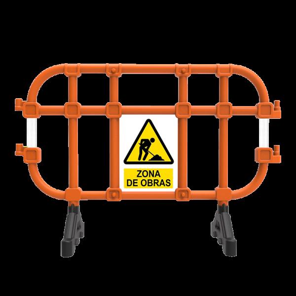 """Código: BA-TUB-157 Util para delimitar, señalizar, acordonar eventos, brindando seguridad. Funciona para guiar a multitudes hacia un lugar indicado. 2 patas giratoria para su fácil resguardo o apilamiento. Fabricada en polietileno de alto peso molecular. Colores de linea, naranja o negra, mas colores bajo demanda. Larga vida util y resistencia a las inclemencias del medio ambiente y a los cambios de temperatura. Apilables, facilitando su transporte. Sistema de ensamble tipo perno """"macho- hembra"""" para formar rectas o curvas. Su unión es sencilla, rápida y segura, una sola persona puede hacerlo y con un mínimo esfuerzo. Adicionadas con reflejante para una mejor visibilidad en la noche (opcionales). Espacio para publicidad. Medidas: Largo: 157.0 cm. Alto: 106.0 cm. Ancho: 50 cm."""